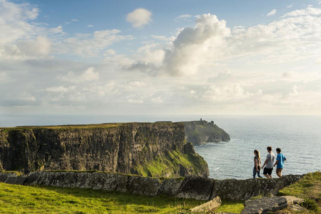 9 Best Ireland Bus Tours