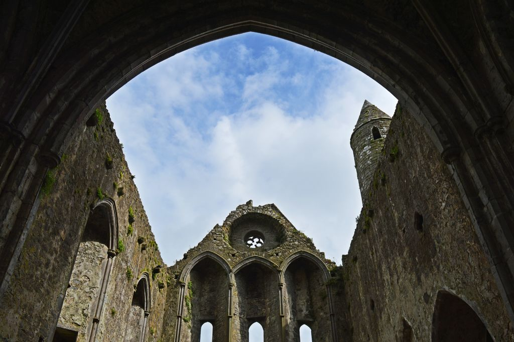 Rock of Cashel Tours with O'Connors of Kerry