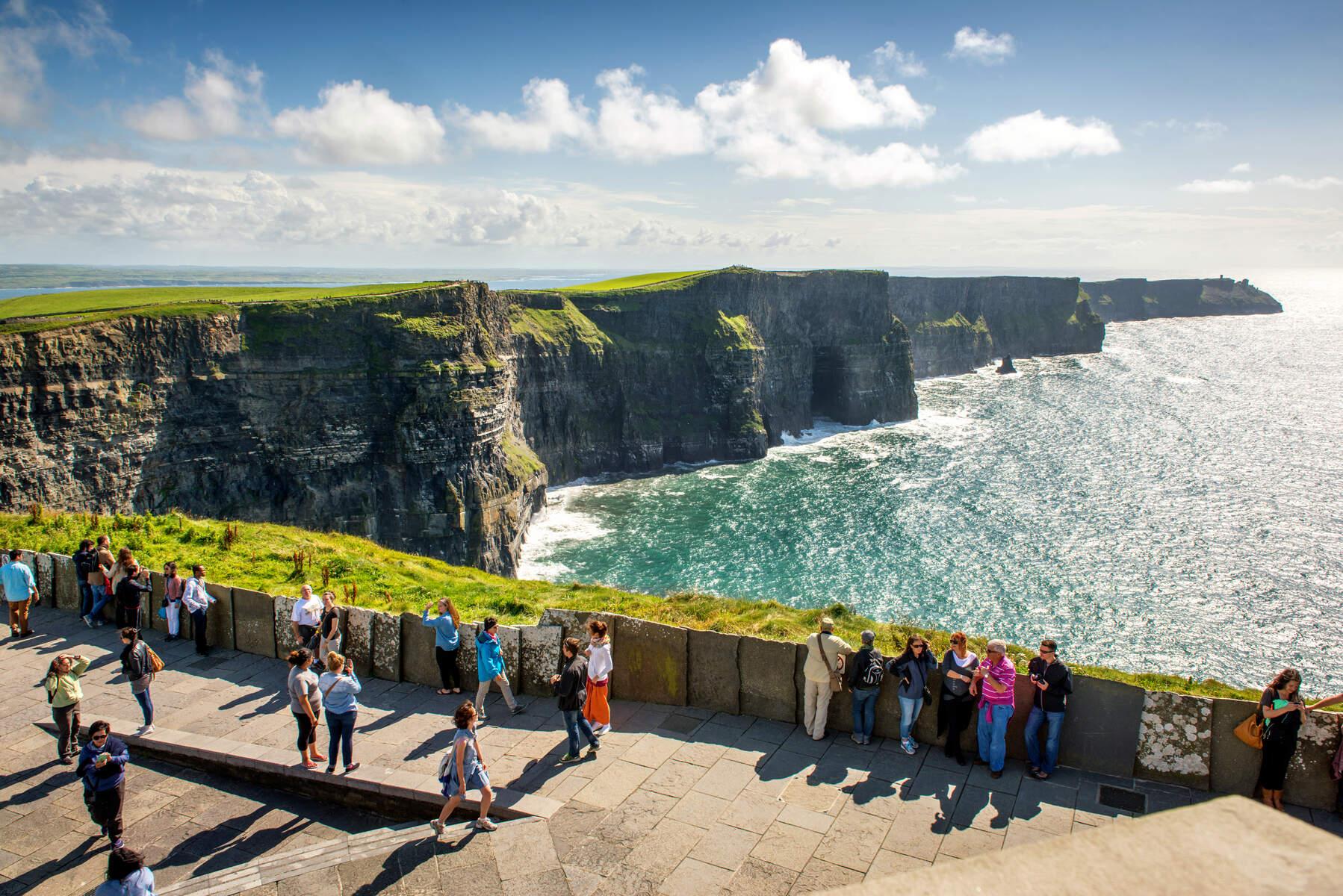 Private Bus Tour Ireland